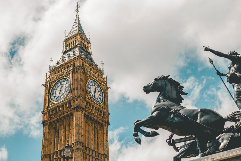 El Economista - Johnson propone un crowdfunding para que el Big Ben toque la noche del Brexit, a 50.000 libras por campanada