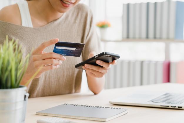 La app de pagos a través del móvil Bizum ha multiplicado por 5 su volumen de transacciones respecto a la misma fecha del año pasado.