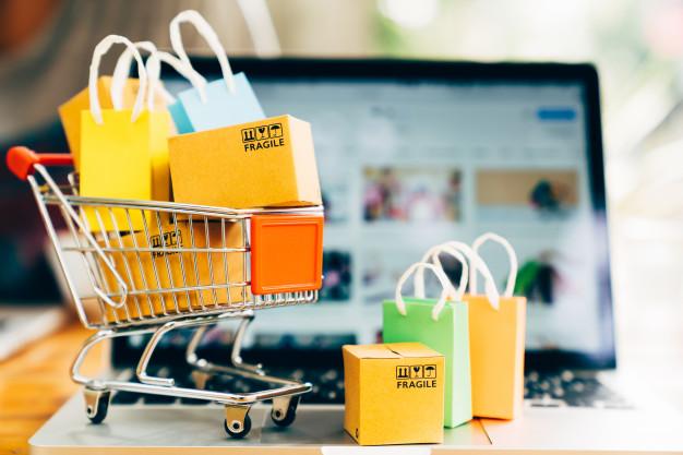 El comercio online se sitúa por encima de los 12.800 millones de euros en España gracias a la pandemia de la Covid-19.